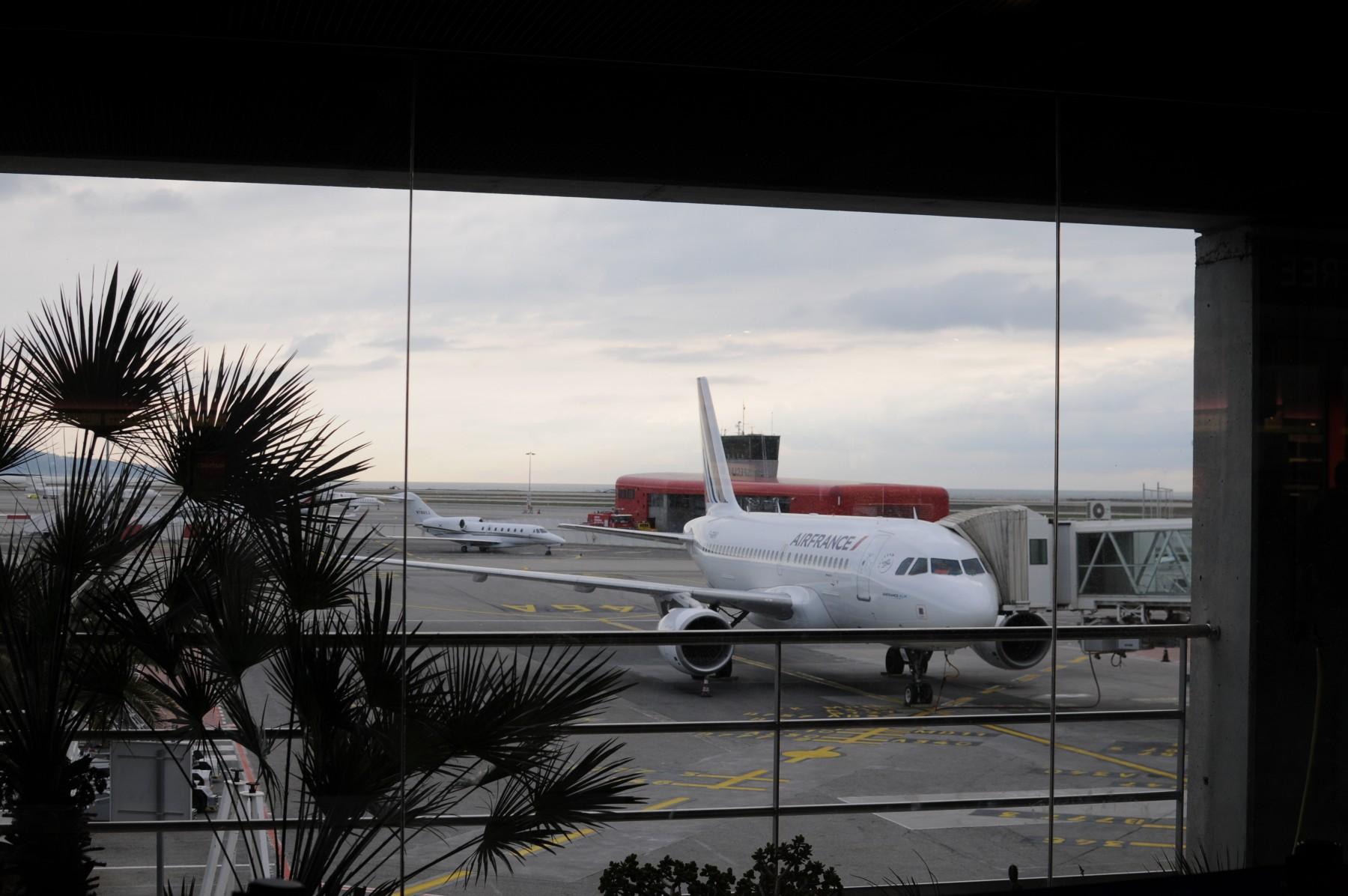 エールフランス航空7701便 ニース→パリ(ドゴール) 搭乗記