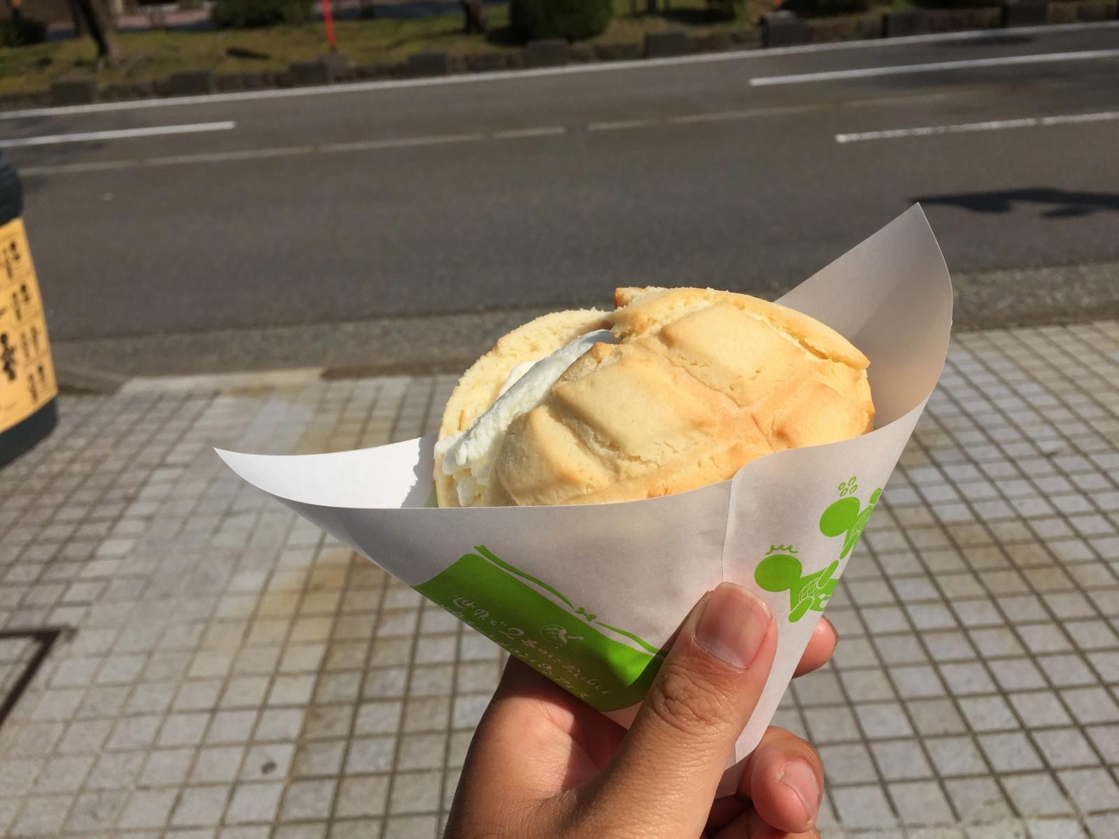 テツの食卓66 世界で2番目においしい焼きたてメロンパンアイス(石川県金沢市)