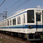 東武宇都宮線の8000系を撮影