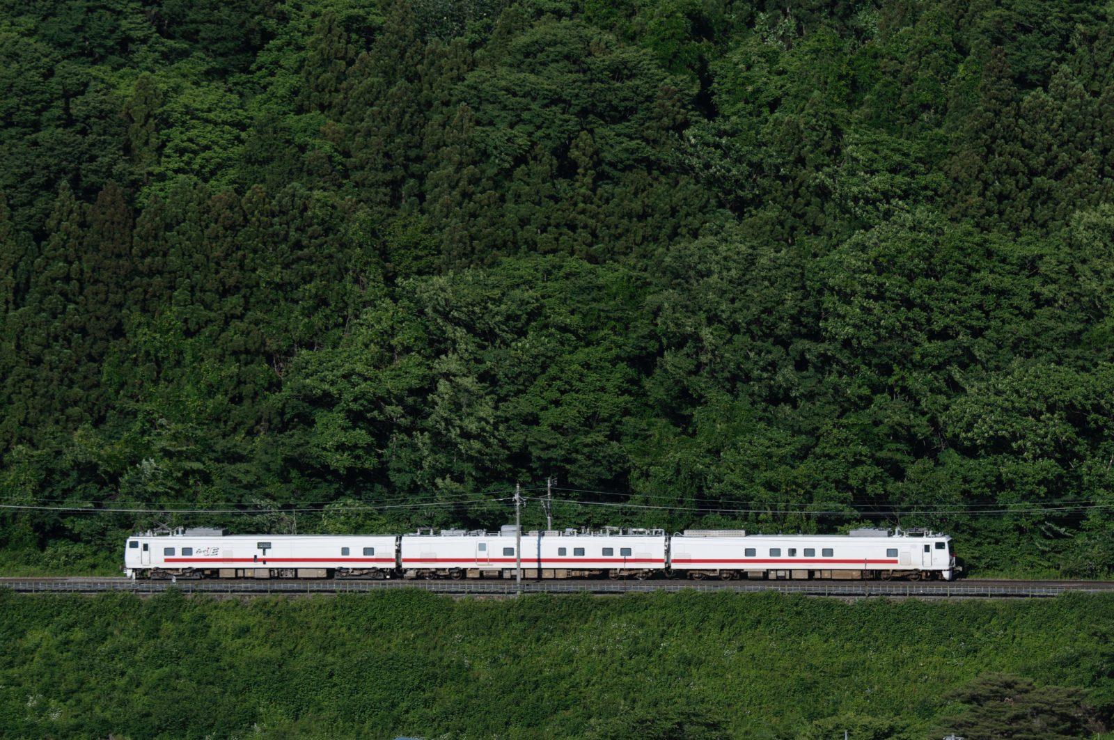 EF81 98牽引キヤ回と上越線E491系East i-E